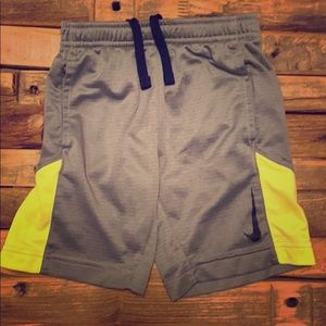 Nike shorts for boys 4-5 yrs old